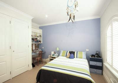 arnold-residence-bedroom1