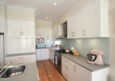 arnold-residence-kitchen2